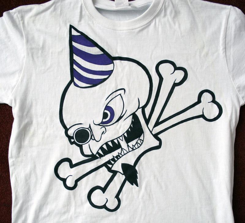 T-krekls_shirt_skull_freak